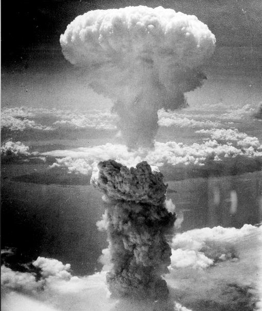 Atom_Bombing_Japan_-_WWII