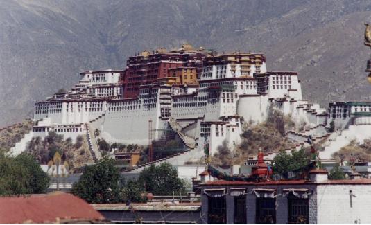 Potala_Palace_-_Lhasa,_Tibet