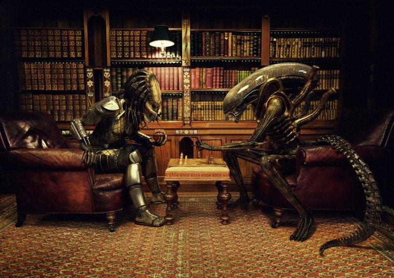 Alien_Vs_Predator__Chess_by_Xidon