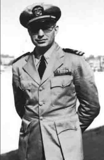 L._Ron_Hubbard_-_Navy_december_1943