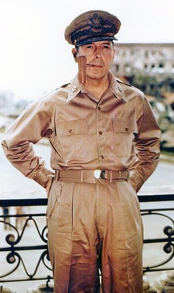 MacArthur in Manila