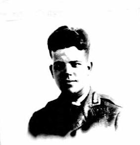 Lanning_MacFarland_-_passport_photo_age_19