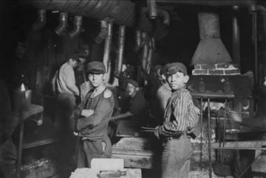 Victorian_Children_in_Factory - Industrial Revolution