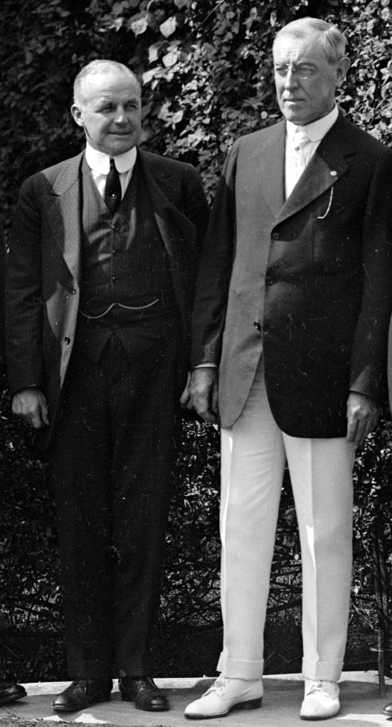Vance_McCormick_wi_th_Woodrow_Wilson,_1916