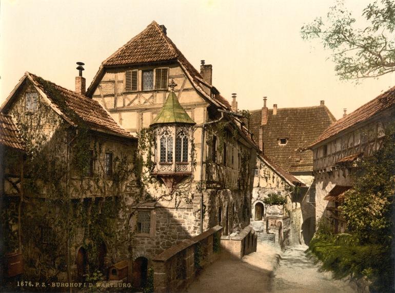 Castle_yard,_Wartburg,_Thuringia,_Germany,_ca._1895