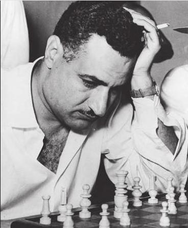 Gamal_Nasser_-_good_at_chess