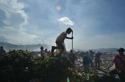 nicaragua_children_garbage_dump_3