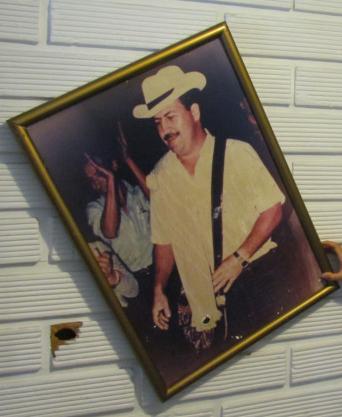 Pablo_Escobar_congress_1980s