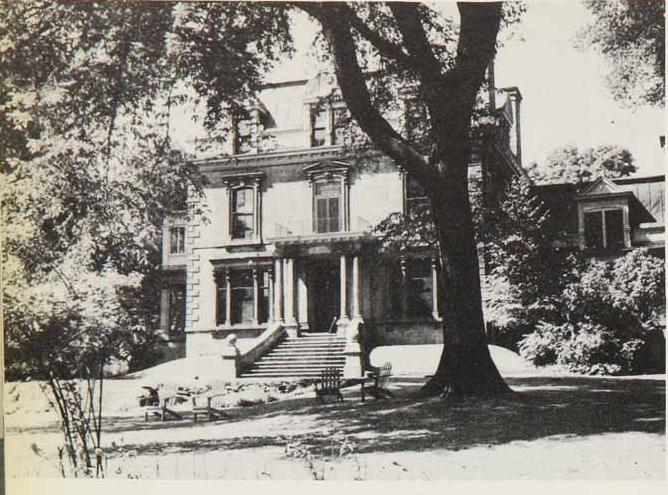 Allen_Memorial_institute_in_1943_before_Cameron_slimed_it