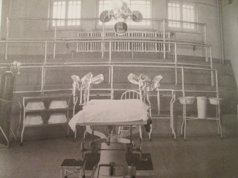 Salle-accouchement-1950 misericorde