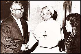 demetrio-b-lakas-blessed-by-pope-john-paul-vi